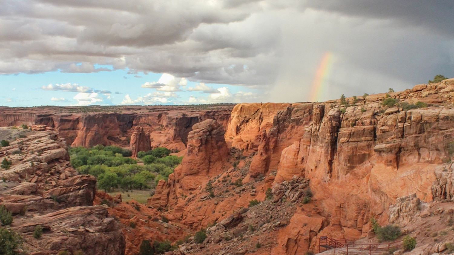 A drive or hike through nearby Canyon de Chelly is an ethereal evening adventure for ANE volunteers.