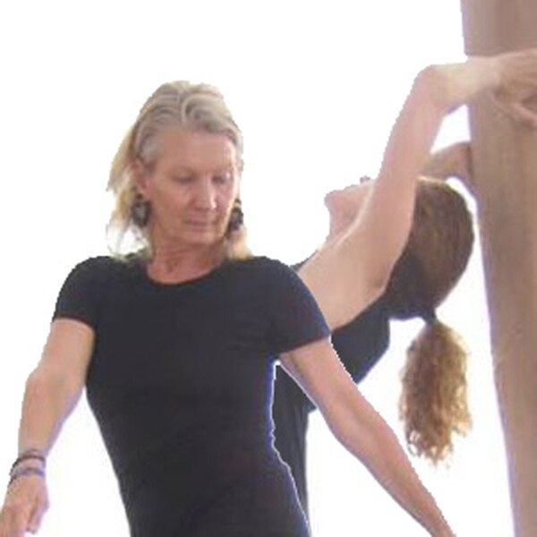 Thing Happening in the Air The New York City-based choreographer Leslie Satin brings her newest program to Santa Fe, which is a duet between herself and Elise Gent. Satin was inspired to create the piece on a recent trip to Israel. More Info>>