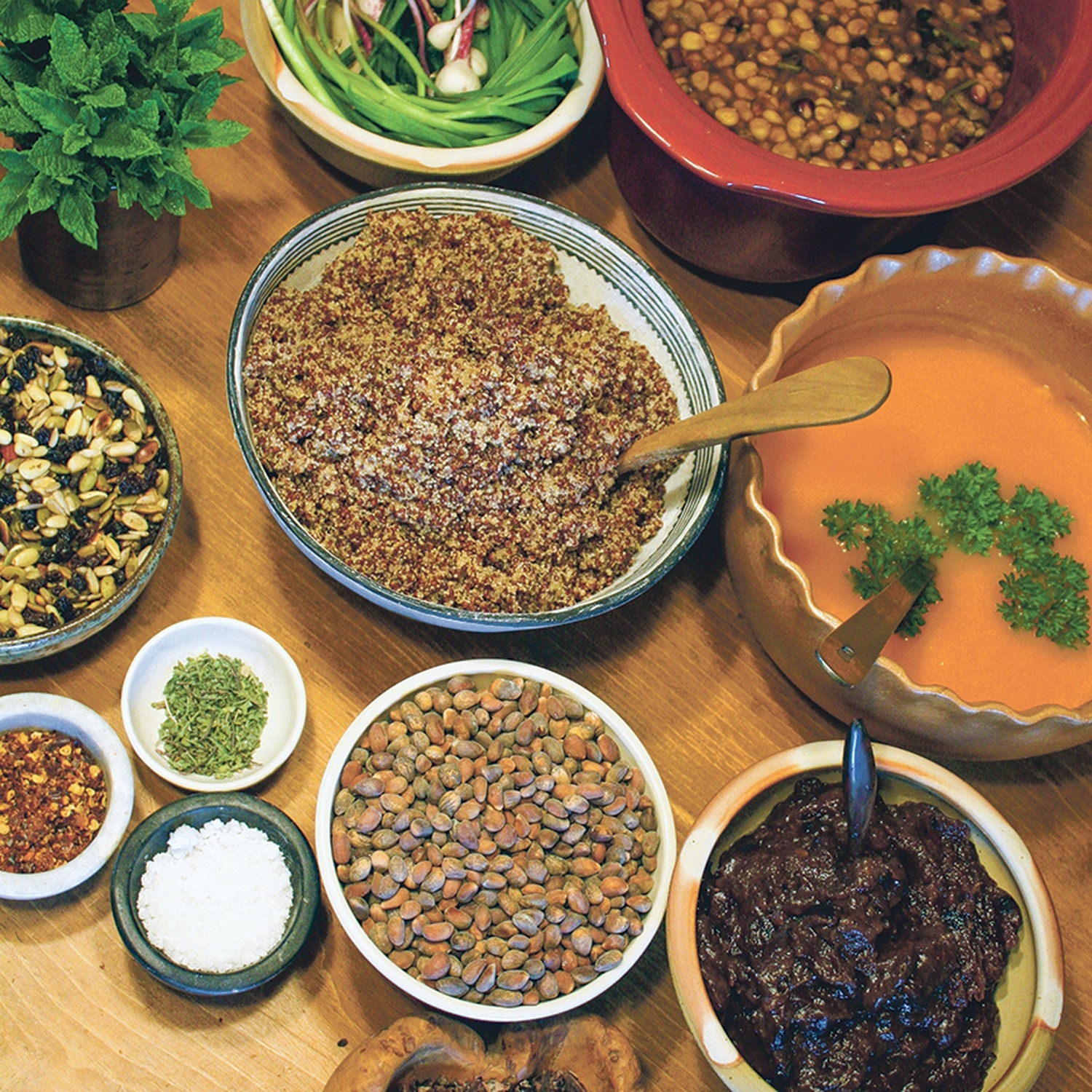 Seeds, nuts and grains were the basis of the ancestral diet.