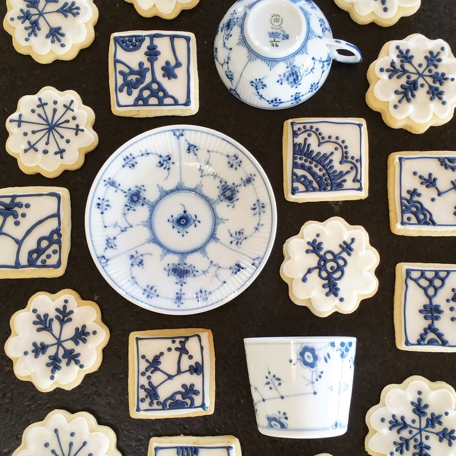 Blue Fluted Porcelain Pastry – My kitchen