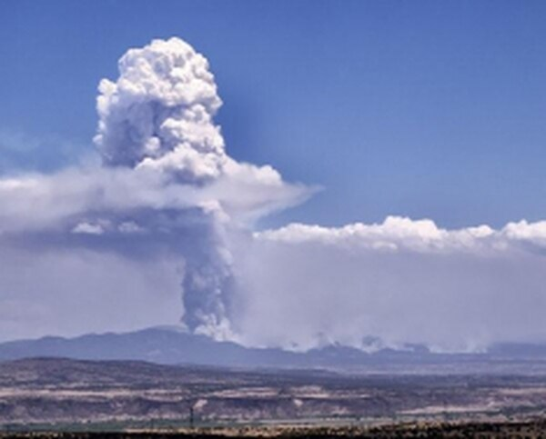 The smoke plume from the Las Conchas fire was fully visible from Placitas, approximately 30 miles away.