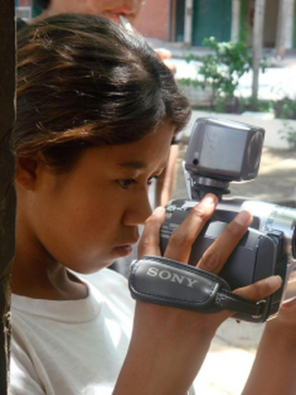 Noelia Benitez was one of the first students of the film school for street and indigenous kids that Shine a Light created in collaboration with the Paraguayan government. Credits: Rita de Cácia Oenning da Silva